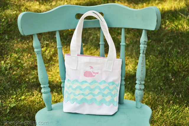 Cherished Bliss, Whale Tote Tutorial