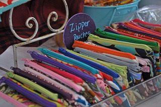 Gracie Designs zip pouch
