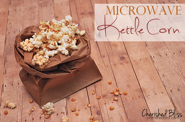 Homemade Kettle Corn {Microwaveable} // via Cherishedbliss.com #snack #popcorn