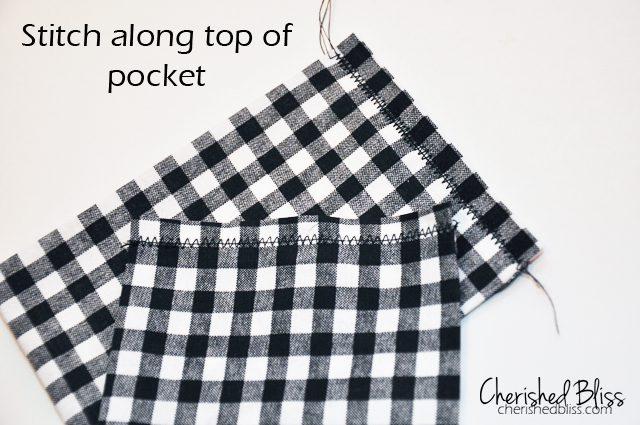 Little Boy Fleece Scarf {with Secret Pockets} // via cherishedbliss.com #scarf