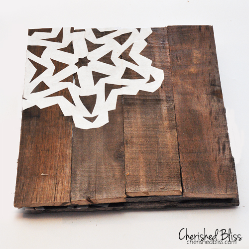 DIY Pallet Wood Chargers via Cherishedbliss.com #MerryModPodge #Christmas #pallet