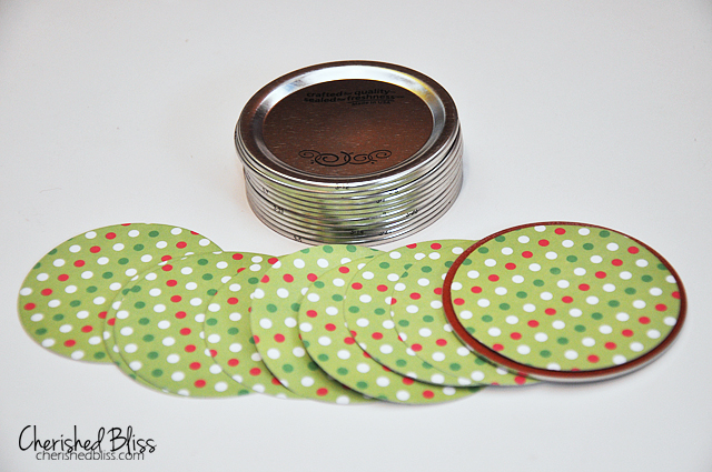 12 Days Of Christmas Advent Calendar using Mason Jar lids! // tutorial via cherishedbliss.com