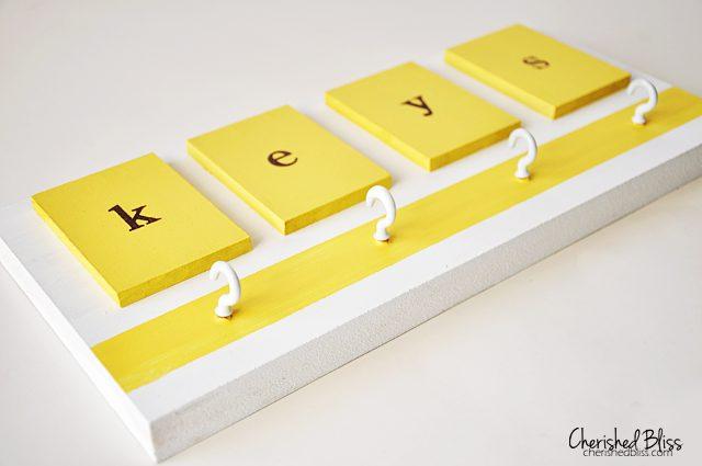 A brightly colored DIY Key Holder. Love it!! #DIY