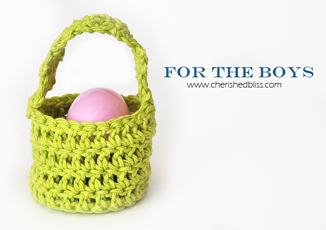 Mini Crochet Easter Baskets tutorial via cherishedbliss.com #Easter #crochet