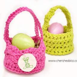 Mini Crochet Easter Egg Baskets