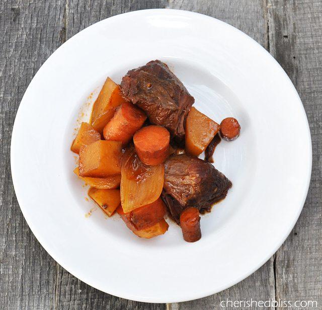 Boneless Slow Cooker Beef Ribs Recipe via cherishedbliss.com