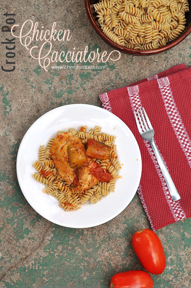 Super Easy and DELICIOUS Crock Pot Chicken Cacciatore Recipe #shop #kraftrecipemakers and #cbias