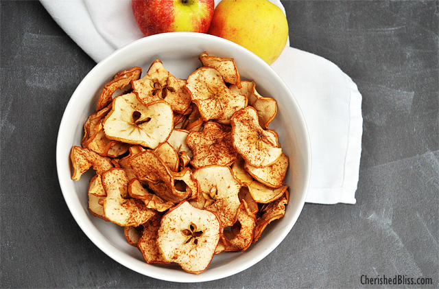 A yummy Apple Chips recipe great for this fall season! Enjoy!