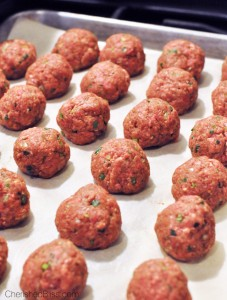 Enjoy these Sweet Chili Meatballs as the perfect appetizer!