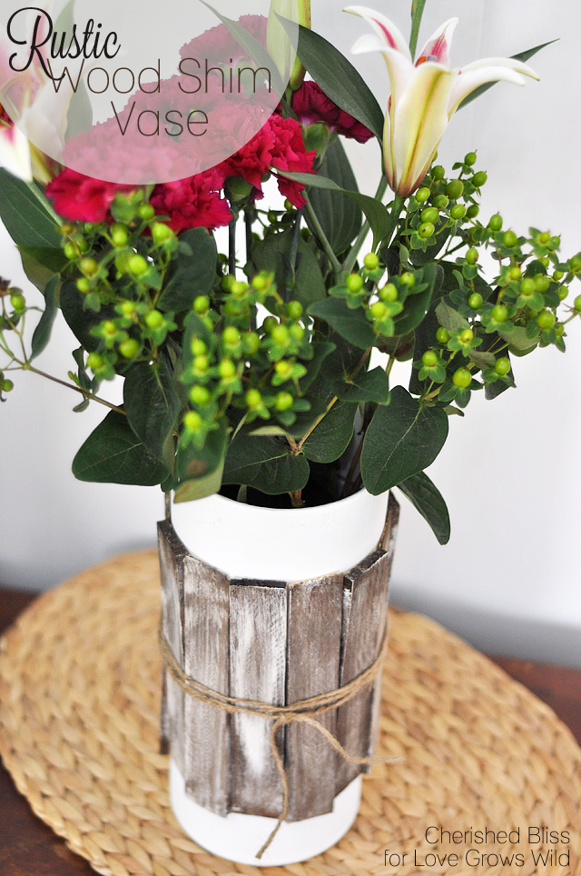 Update a plain vase with gorgeous, rustic wood shims! Love this easy and inexpensive DIY!