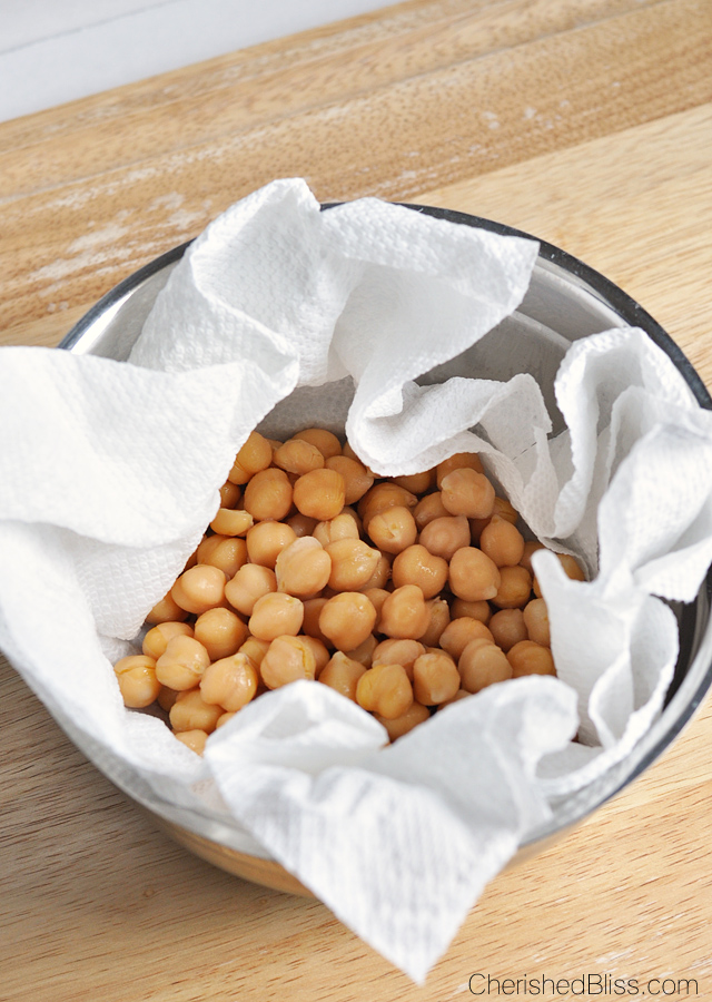 If you are looking for a different, but balanced snack to munch on these oven roasted chickpeas are for you.