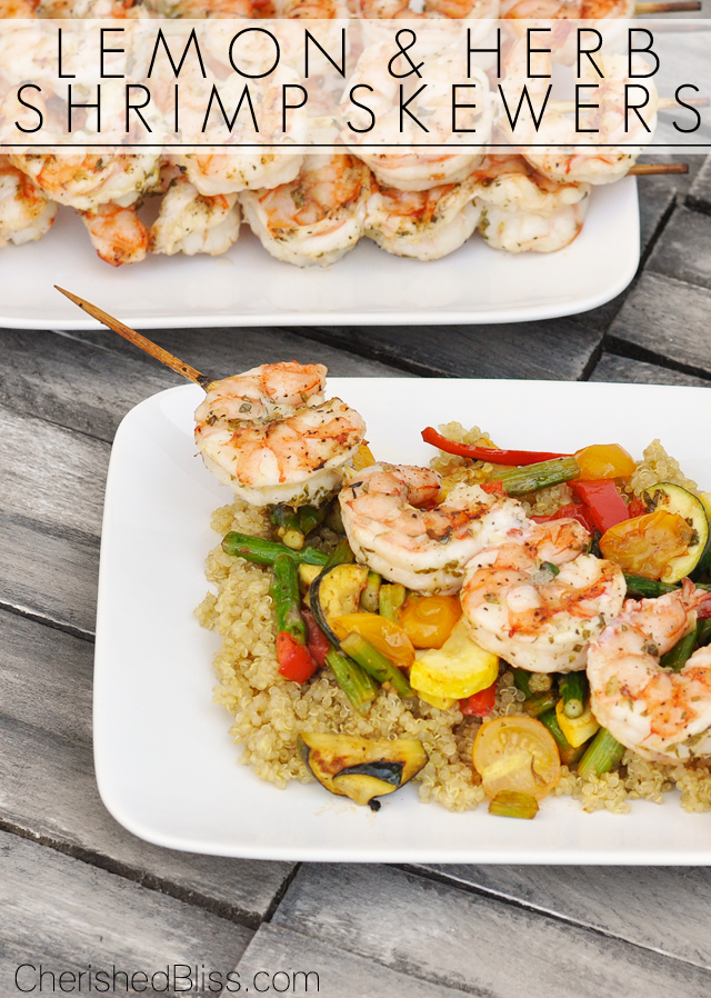 Lemon and Herb Shrimp Skewers and a colorful grilled vegetable medley is a great way to start grilling season! Plus a OXO and The Shrimp Council Giveaway!