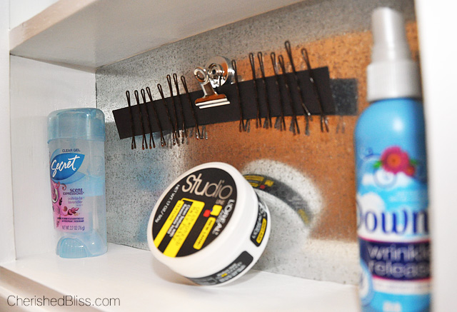 Bathroom Organization: Get organized with this DIY Magnetic Medicine Cabinet!