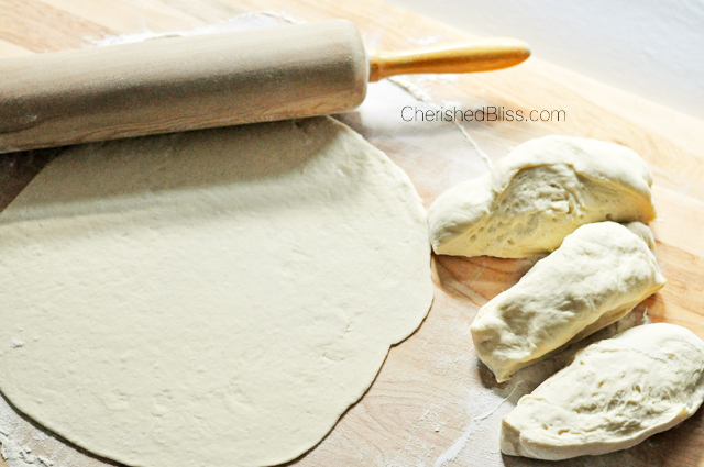 With this easy peasy pizza dough you can have a homemade pizza dough ready for toppings in about 10 minutes.