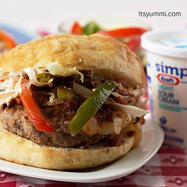 Chicken-Fajita-Cheeseburger-from-ItsYummi.com-SayCheeseburger-shop