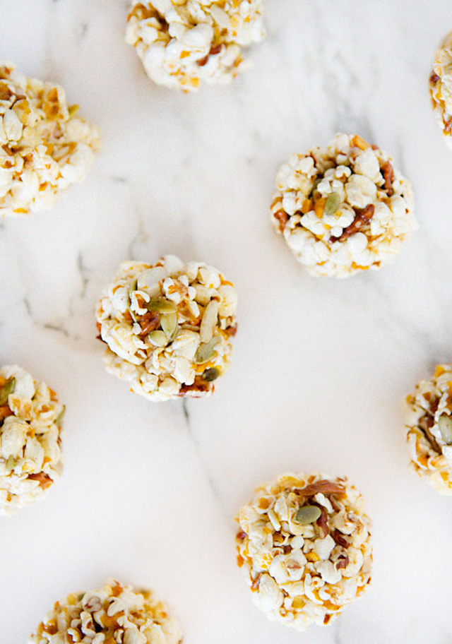 popcorn_balls_a_house_in_the_hills_3