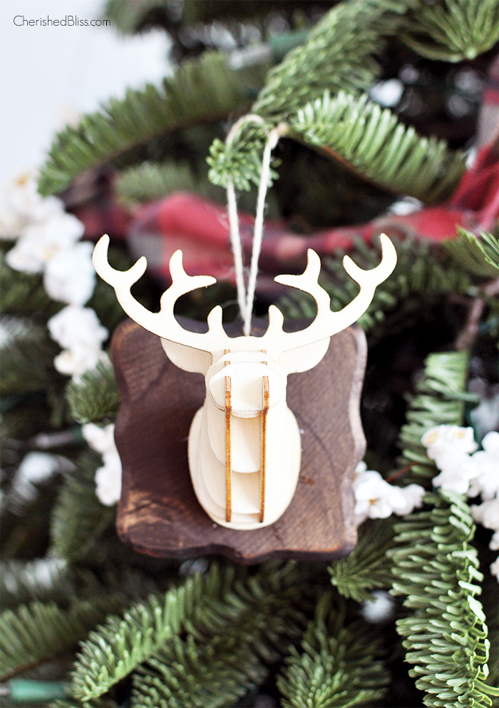 3D Deer Head Christmas Ornament via Cherishedbliss.com