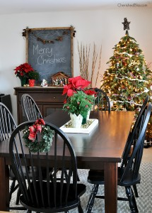 Take a Stroll through this Cottage Farmhouse Christmas Home Tour via Cherishedbliss.com