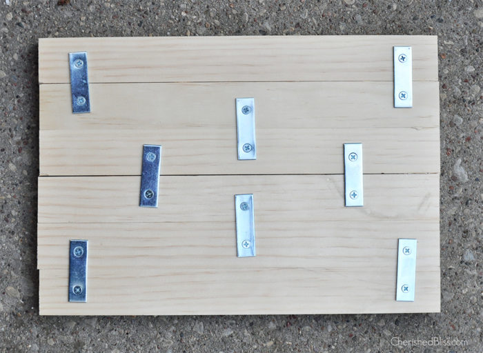 Add a bit of rustic to your wall with this DIY Wooden Clipboard.