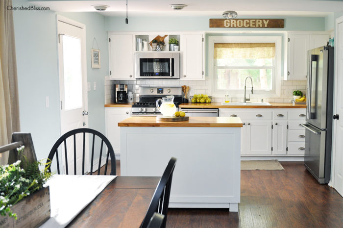This industrial farmhouse kitchen