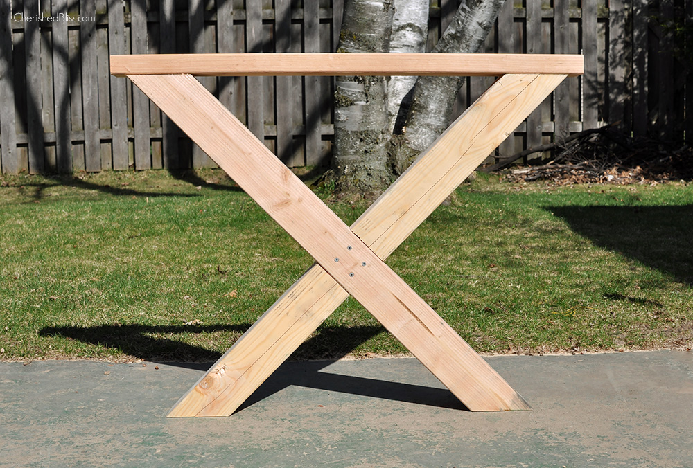 Wooden Outdoor Table Plans. Unique Table Build This Diy Outdoor Table  Featuring A Herringbone Top