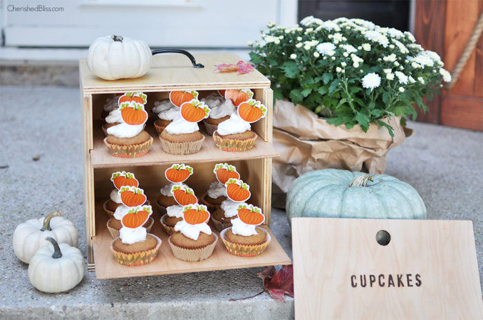 With these easy to follow Free Plans you can build this Cupcake box Carrier. It is the perfect solution to carrying your holiday baked goodies without squishing all your hard work.