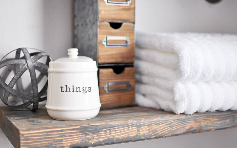 How to Accessorize Your Bathroom on a Budget