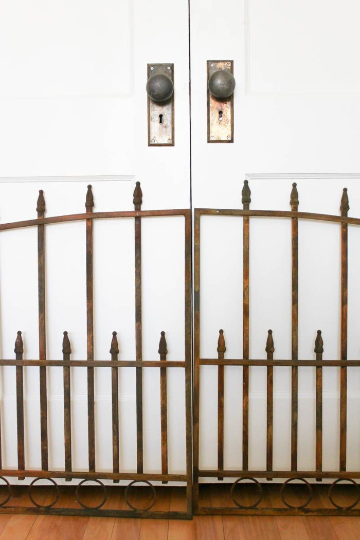 DIY-Vintage-Rusty-Gate-12