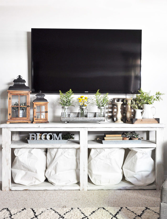 Take a walk through this Simple Summer Home Tour with Cherished Bliss