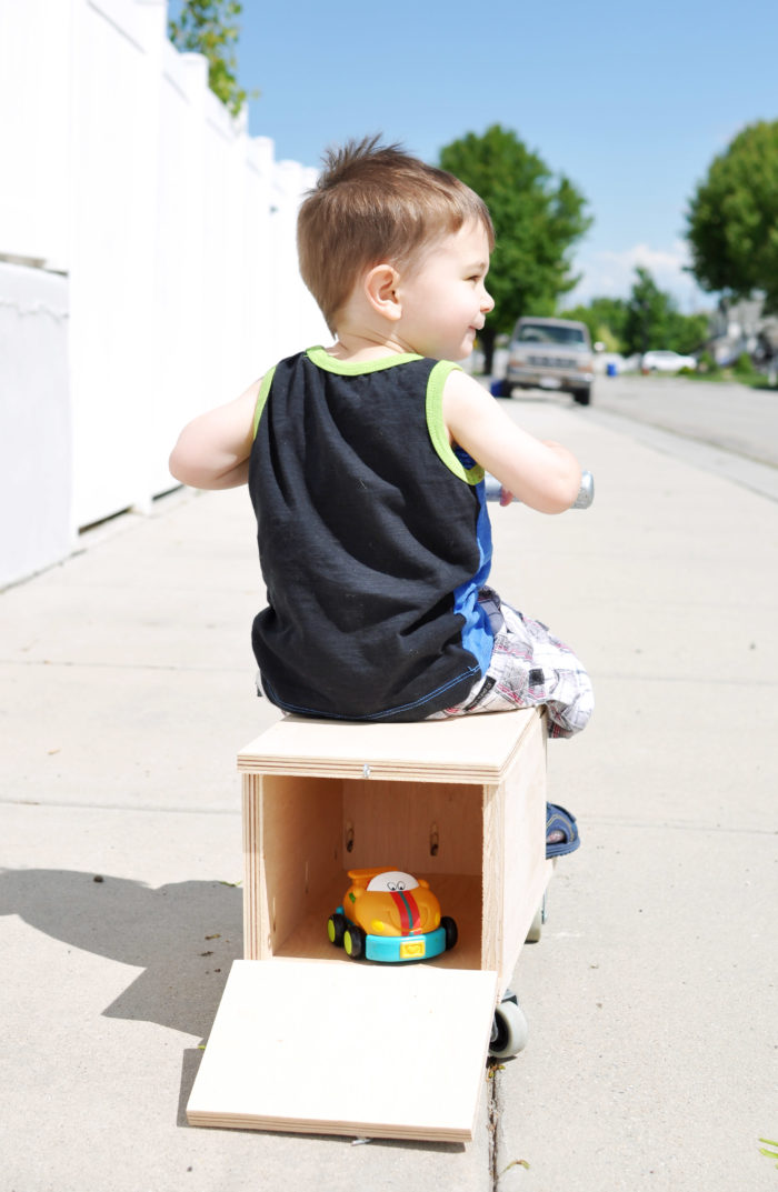 Build this strong and sturdy DIY Outdoor Riding Toy following these simple building plans!