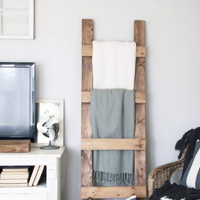 DIY Blanket Ladder Free Plans