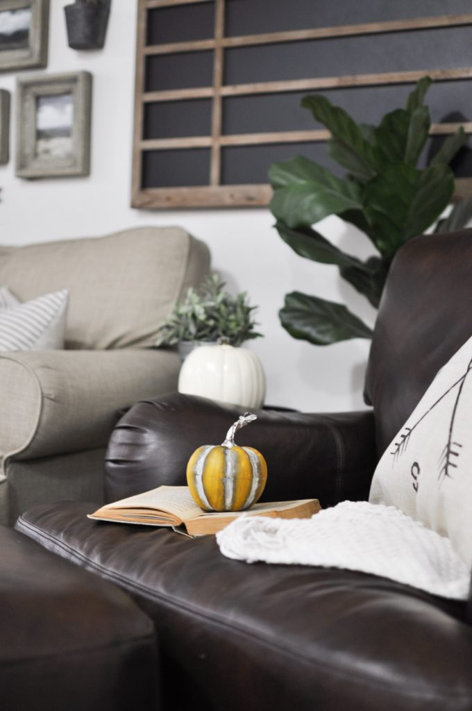 Create a Cozy Fall Home with these simple tips and ideas for Fall Decor.