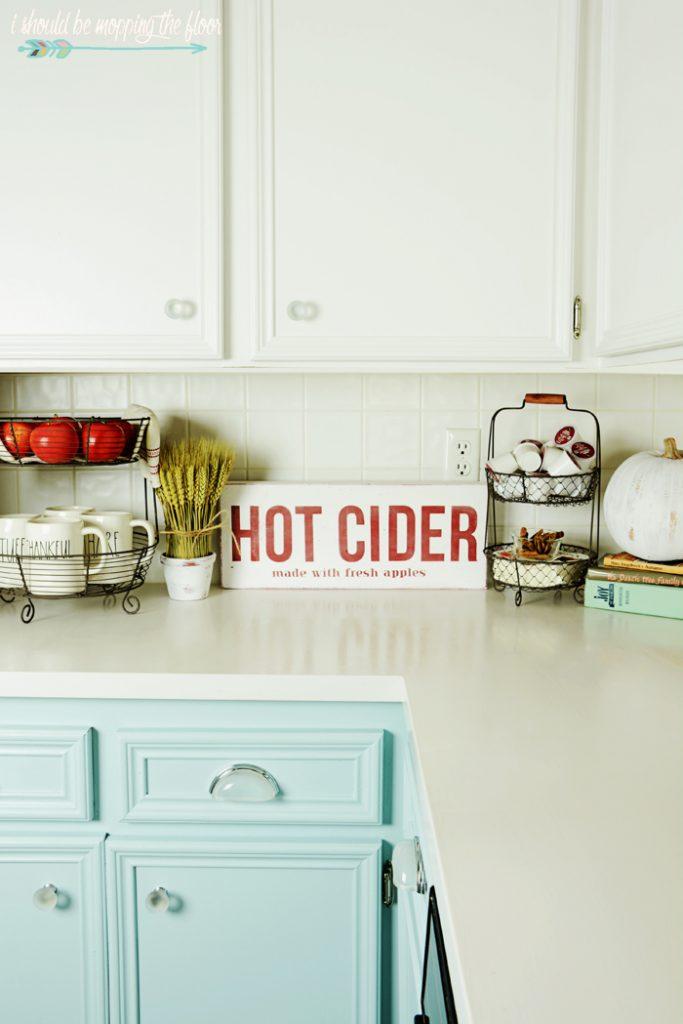 apple-cider-sign