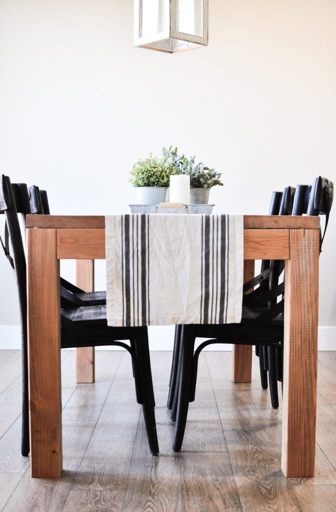 This Modern Farmhouse Dining Room Table Is The Perfect Addition To Any E With