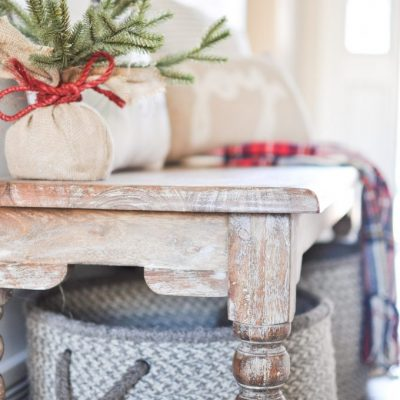 Simple Christmas Entryway Tour