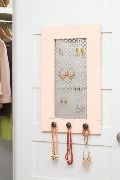 Home Depot DIH Workshop | Jewelry Organizer