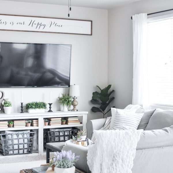 Modern Farmhouse Summer Living Room Tour