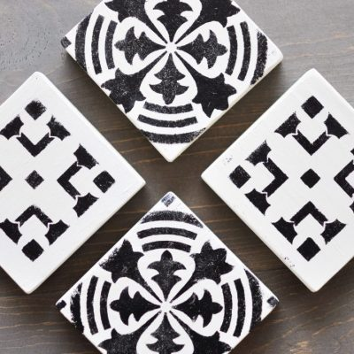 Stenciled Wooden Coasters Tutorial