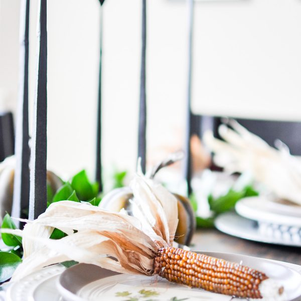 Natural & Modern Fall Tablescape