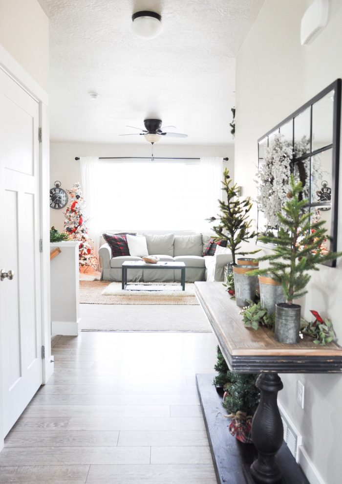 Winter Entryway Home Tour