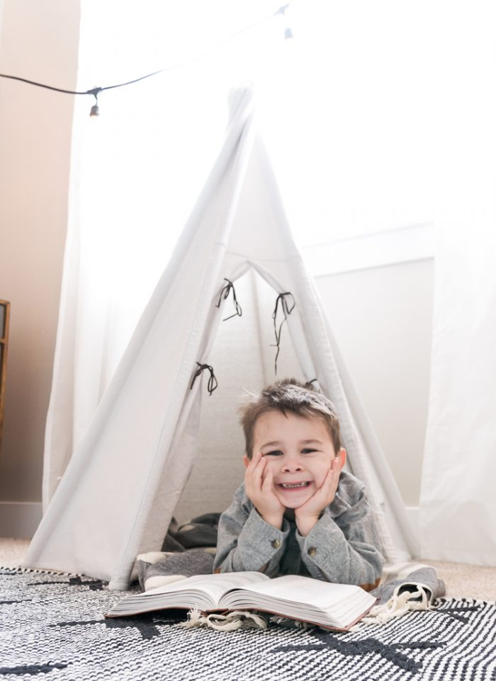 All kids need a special element in their rooms! Learn how to make this adorable DIY Teepee that your kids are sure to love with this tutorial!