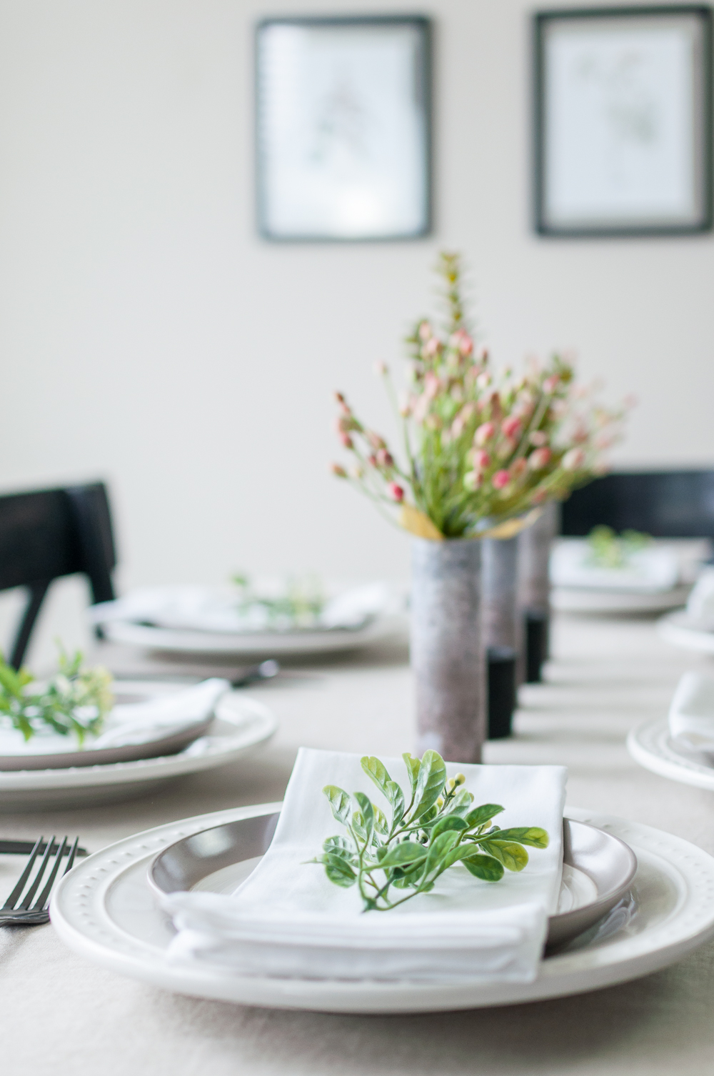 How to Set a Tablescape in 5 Easy Steps || Add the Finishing Touches to your Tablescape