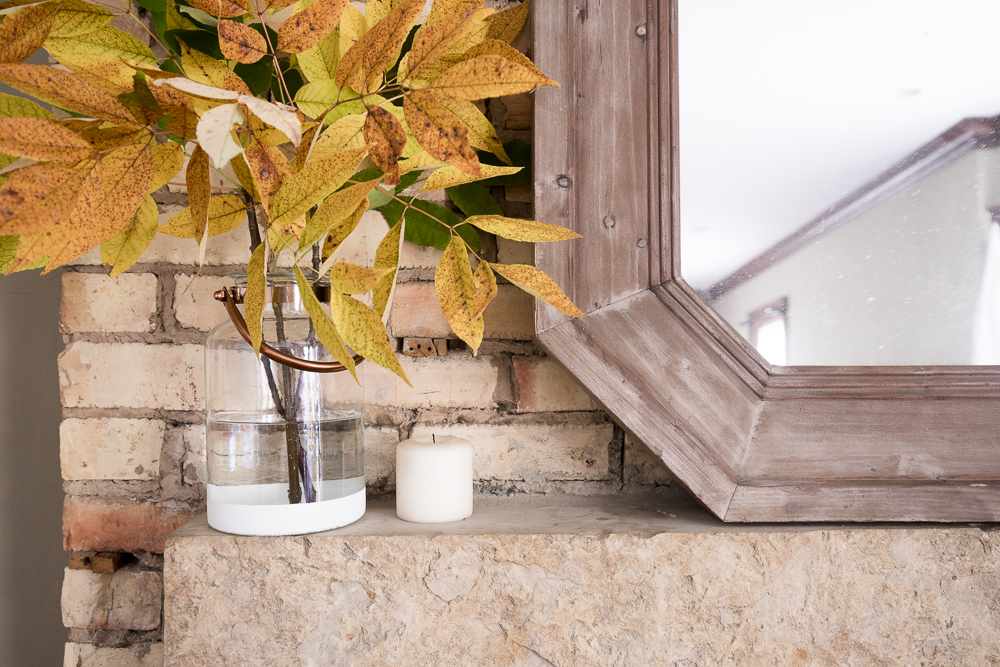 Simple Ideas for a Natural Fall Mantel