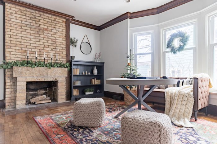 Come take a tour of this simple winter sitting area that is perfect for Christmas and easily transitions into winter decor!