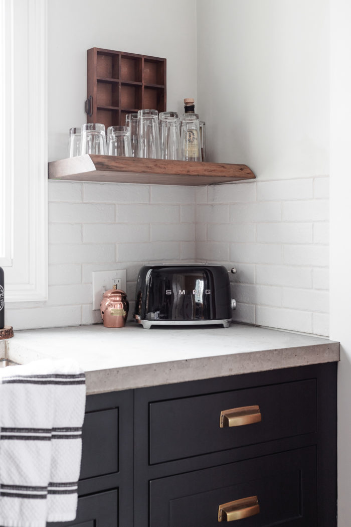 pros and cons to help you decide on pour in place or pre cast concrete countertops