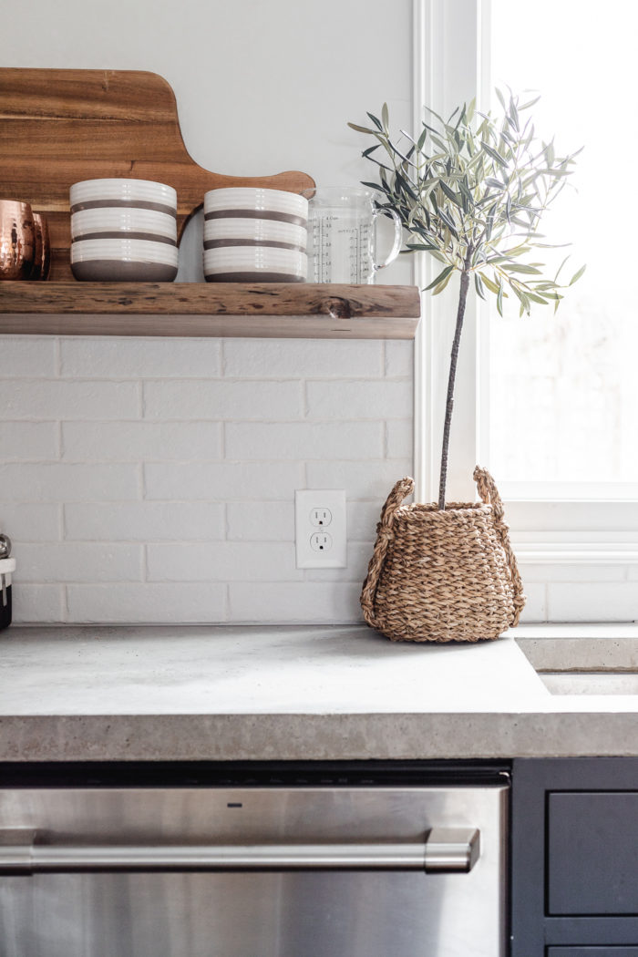 pros of cast in place (or pour in place) concrete countertops.