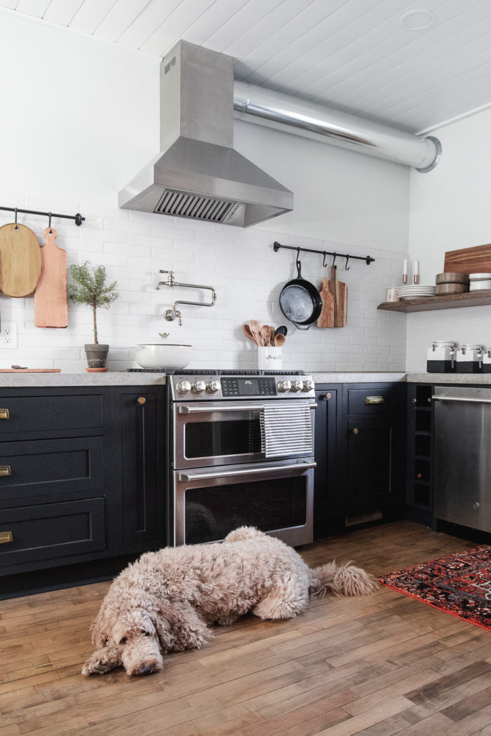 Are you considering new countertops in your kitchen? This post will talk about the pros and cons of Pre Cast vs Cast in Place Concrete Countertops and ultimately help you decide what's best for your home.