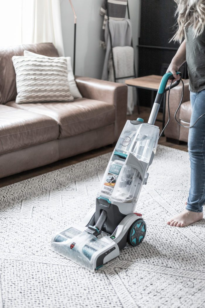 Use this Hoover Carpet Cleaner to keep your carpet and rugs clean and refreshed. With this trigger-less design cleaning your carpets is as easy as vacuuming.