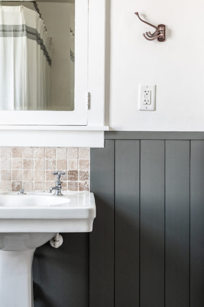 Boys Bathroom makeover with pedestal sink and built in medicine cabinet.