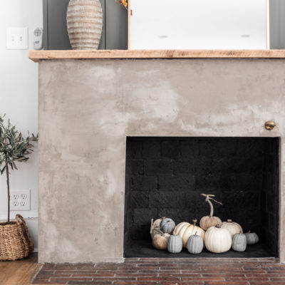 Simple Fall Mantel Decor with Built ins
